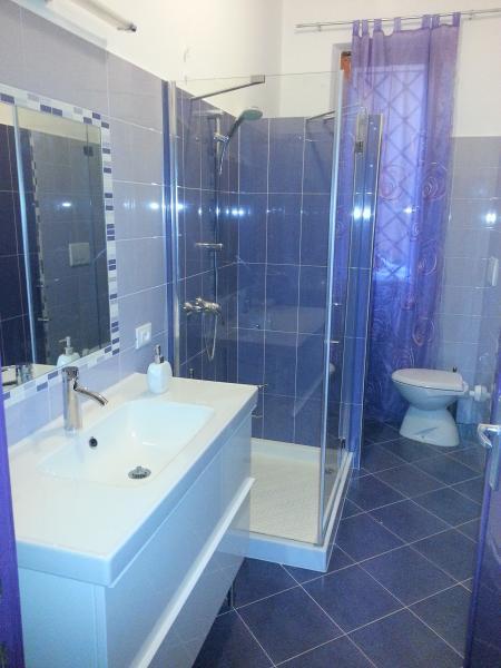 salle de bain Location Appartement 84518 Fano