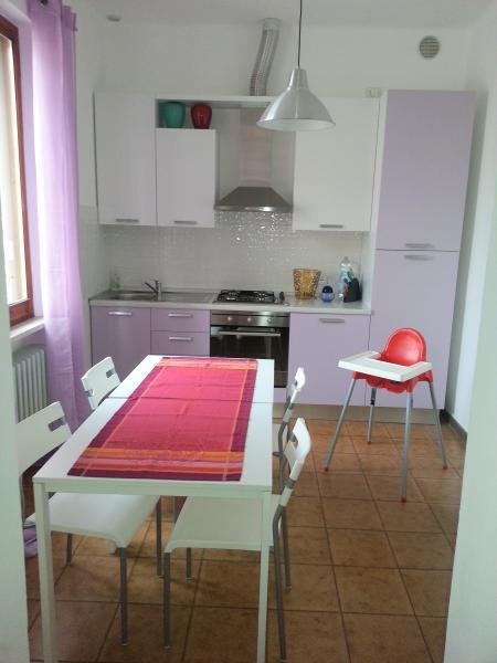 Cuisine indépendante Location Appartement 84518 Fano