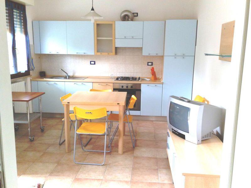 Salle à manger Location Appartement 86087 Fano