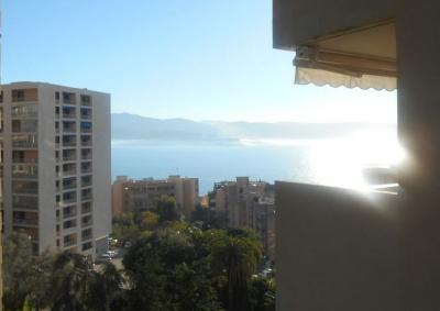 Vue de la terrasse Location Appartement 93246 Ajaccio