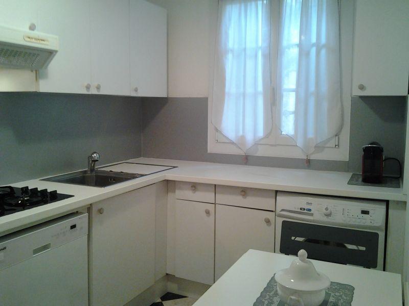 Cuisine indépendante Location Appartement 93460 Saint Tropez