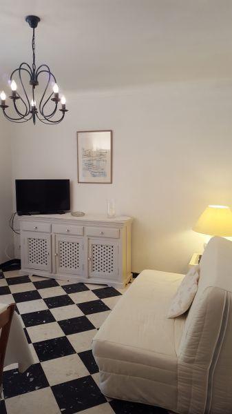 Séjour Location Appartement 93460 Saint Tropez