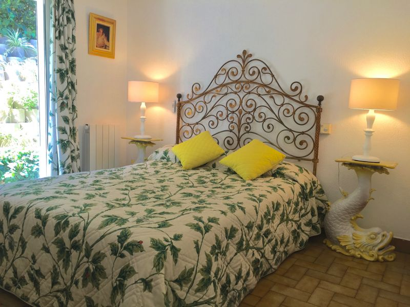 chambre 1 Location Appartement 106323 Antibes