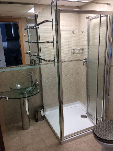 salle de bain Location Appartement 111498 Rosas