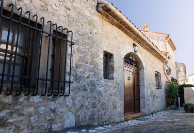 Vue extérieure de la location Location Villa 111723 Grasse
