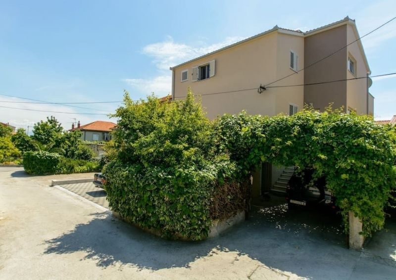 Parking Location Appartement 114346 Trogir