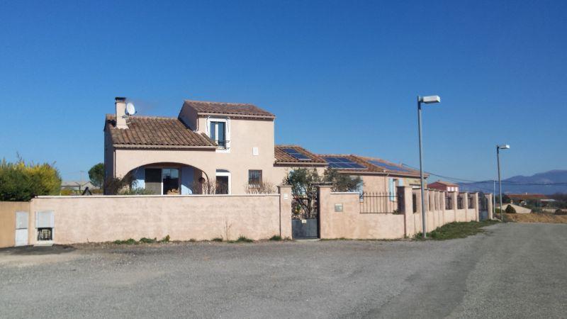 Vue extérieure de la location Location Maison 117856 Valensole