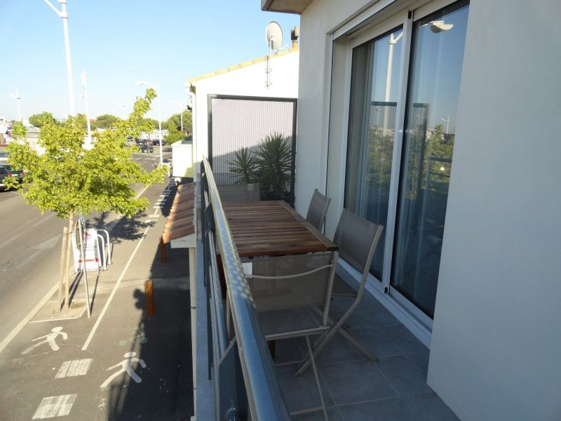Balcon Location Appartement 117986 Le Grau du Roi