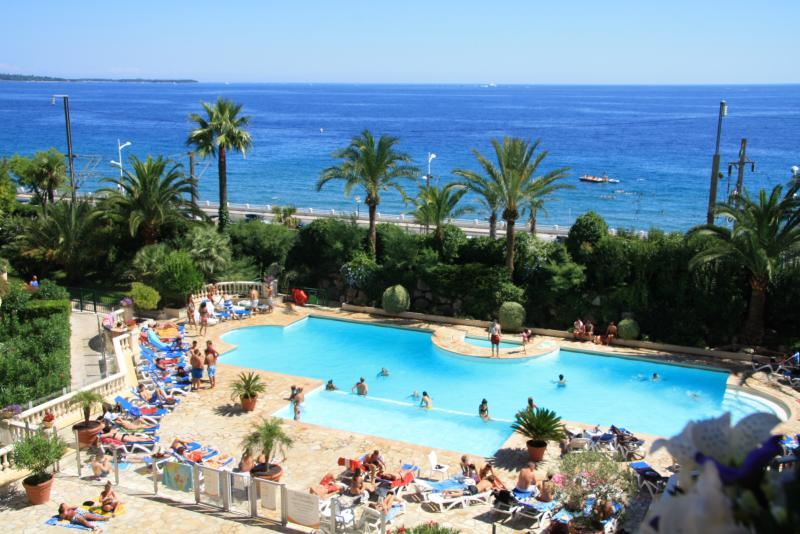 Vue du balcon Location Appartement 68698 Cannes
