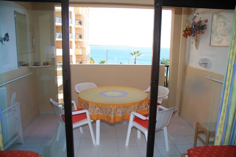 Balcon Location Appartement 68698 Cannes
