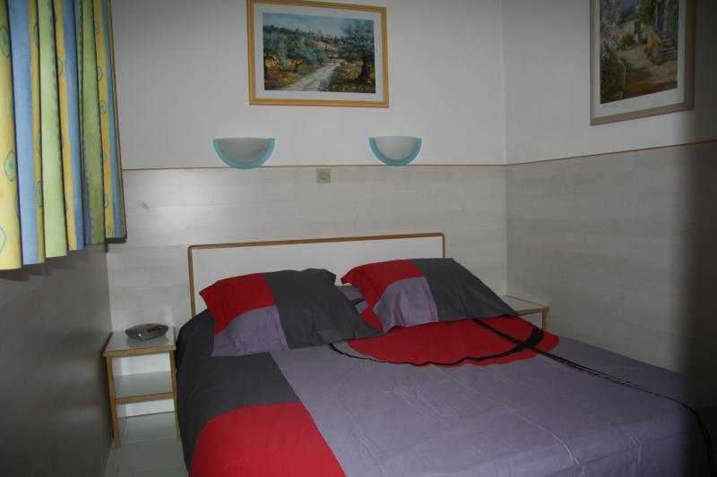 chambre 1 Location Appartement 68698 Cannes