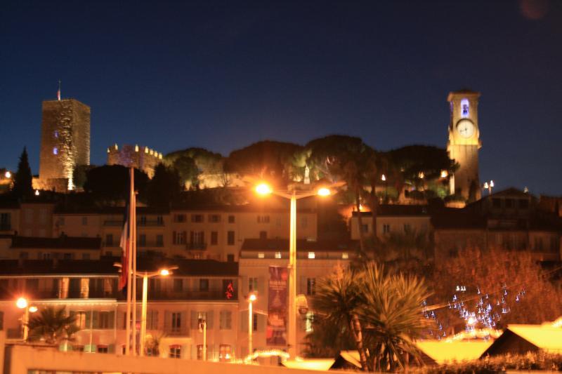Vue à proximité Location Appartement 68698 Cannes