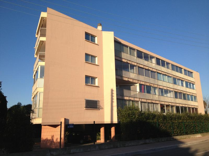 Vue extérieure de la location Location Appartement 71929 Saint Raphael