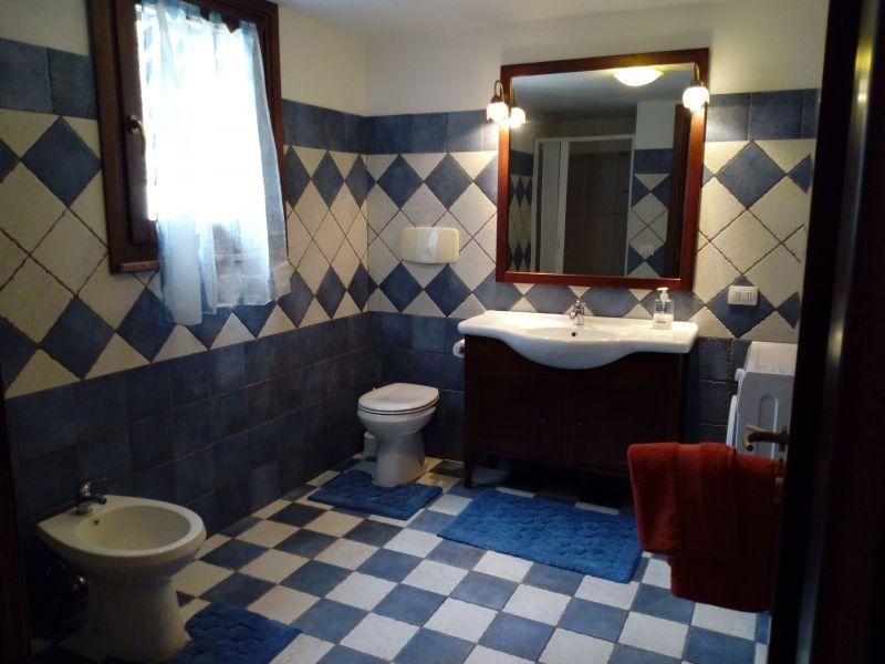 salle de bain Location Appartement 74939 Alghero