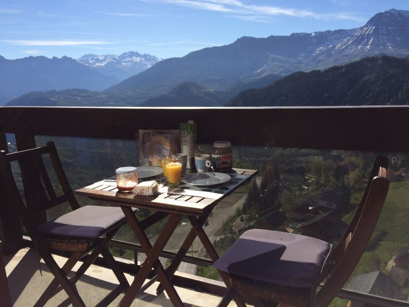 Balcon Location Appartement 80072 Le Corbier