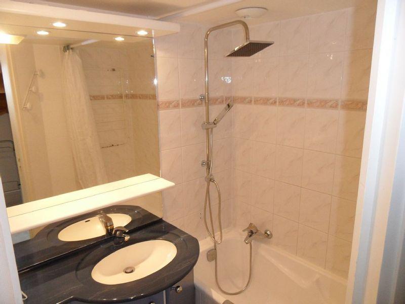 salle de bain Location Appartement 81402 La Couarde-sur-Mer