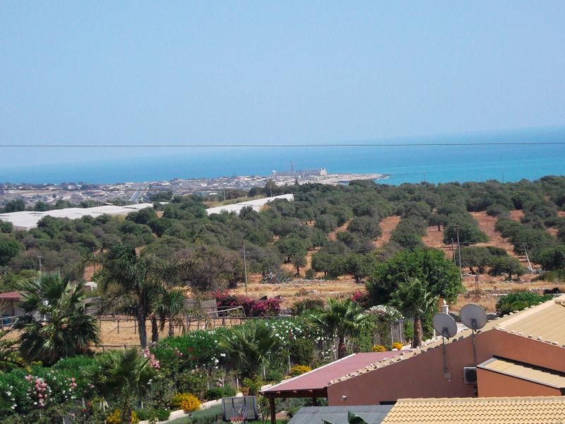 Vue de la terrasse Location Villa 91710 Sampieri