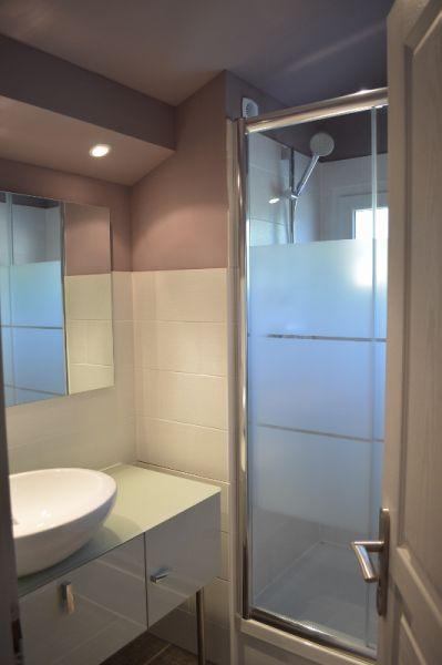 salle de bain Location Gite 99880 La Ciotat