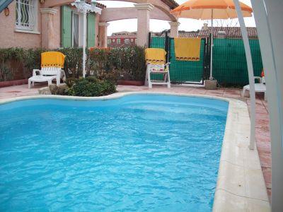 Piscine Location Villa 101336 P�zenas