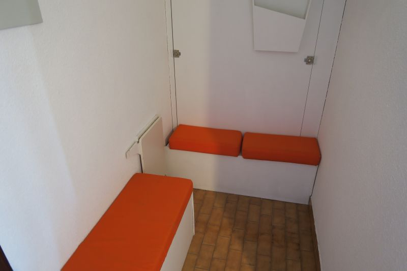 Coin Cabine Location Appartement 105465 Port Camargue