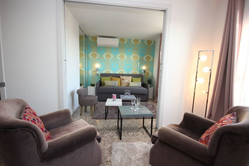 Salon Location Appartement 106414 Cannes