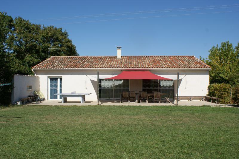 Vue extérieure de la location Location Gite 108213 La Rochelle