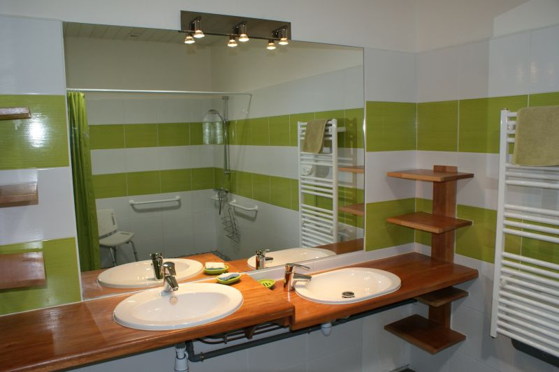 Salle d'eau 1 Location Gite 108213 La Rochelle