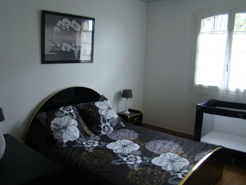chambre 1 Location Villa 108631 Clermont l'Hérault