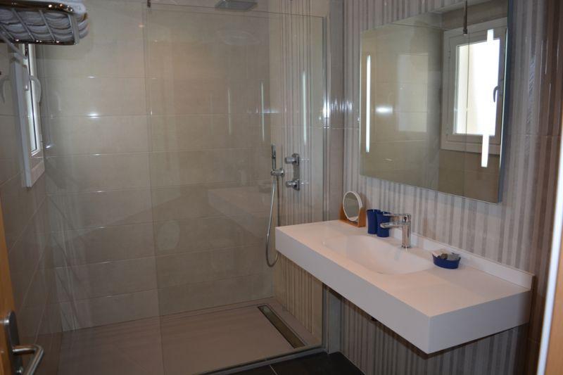 Salle d'eau Location Appartement 111639 Hendaye