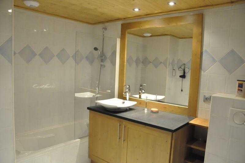 salle de bain Location Appartement 111751 Les Saisies