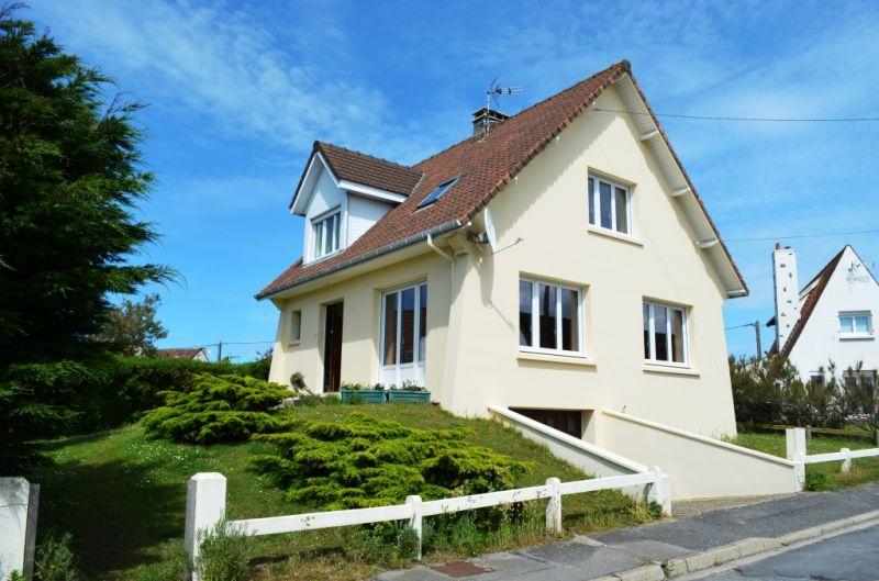 Vue extérieure de la location Location Maison 112117 Ambleteuse