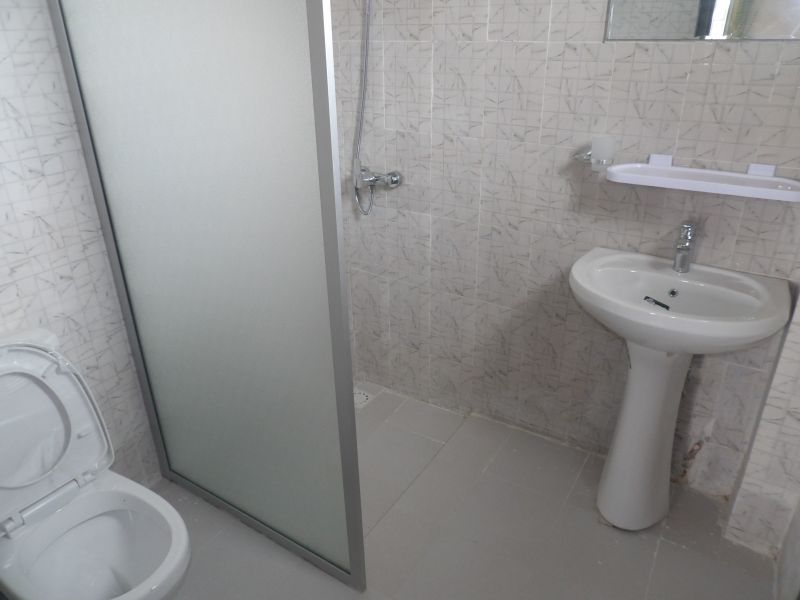 salle de bain 2 Location Appartement 112467 Saly