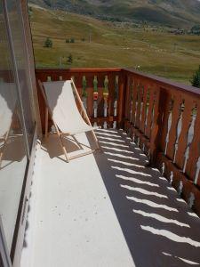 Vue de la terrasse Location Studio 116847 Alpe d'Huez