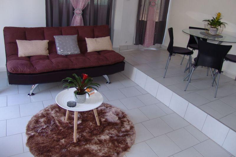 Séjour Location Appartement 117365 Goyave