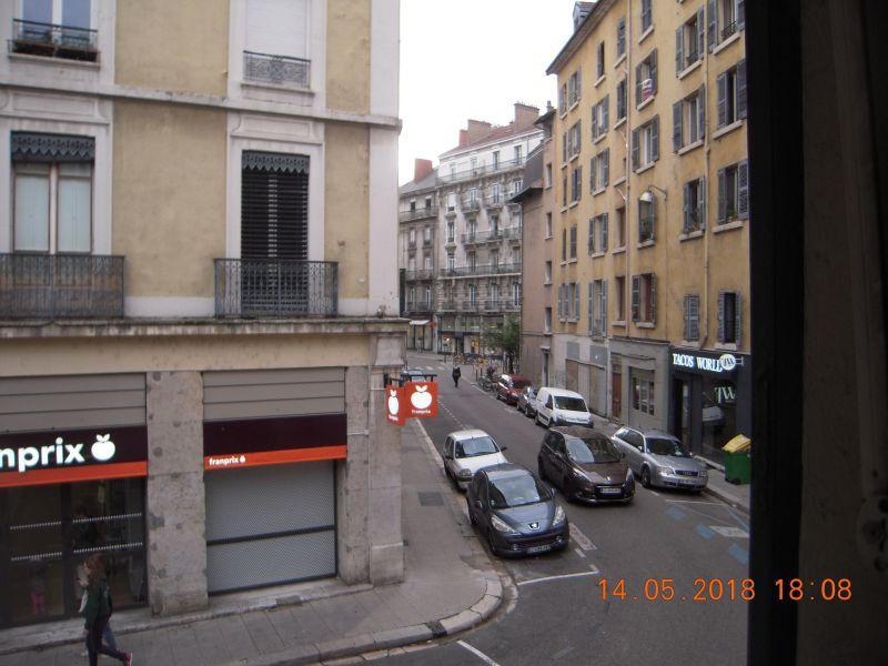 Vue à proximité Location Appartement 120029 Grenoble
