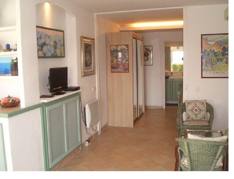 Entrée Location Appartement 69989 Nice