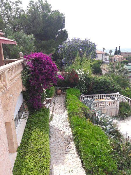 Jardin Location Appartement 69989 Nice