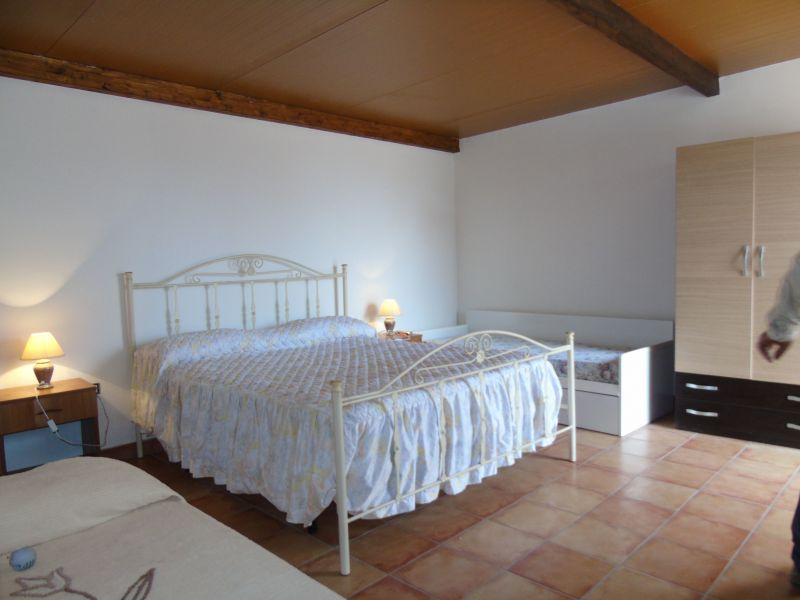 chambre 5 Location Maison troglodyte 78245 Gallipoli