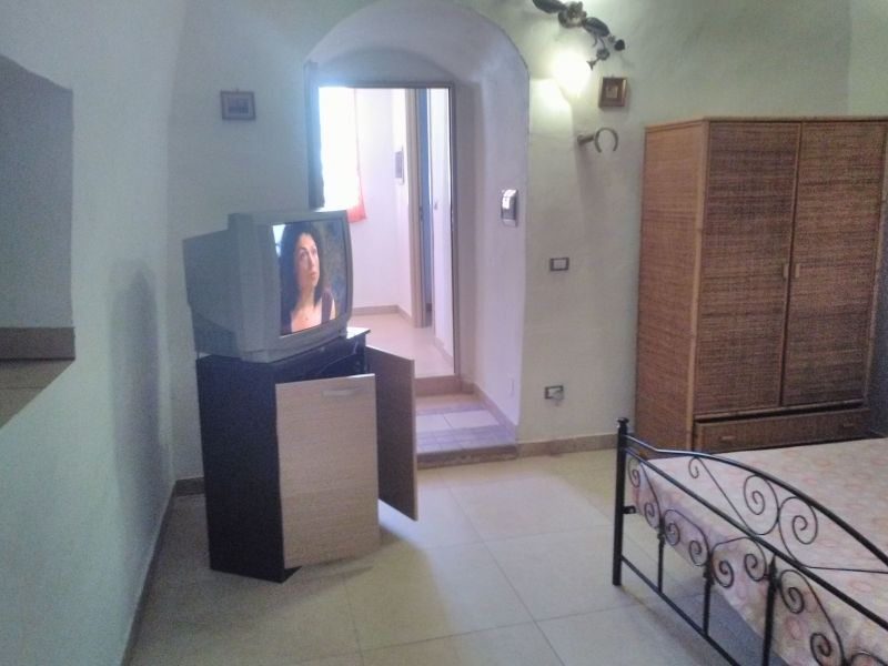 chambre 6 Location Maison troglodyte 78245 Gallipoli