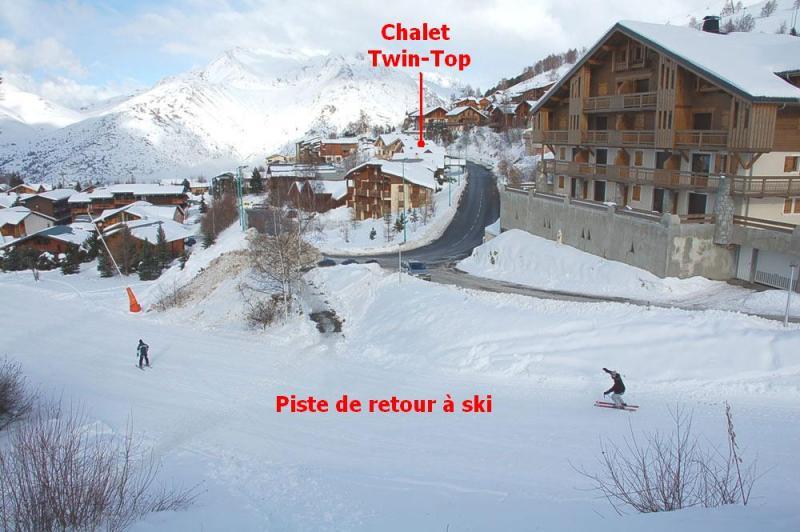 Vue extérieure de la location Location Appartement 79747 Les 2 Alpes