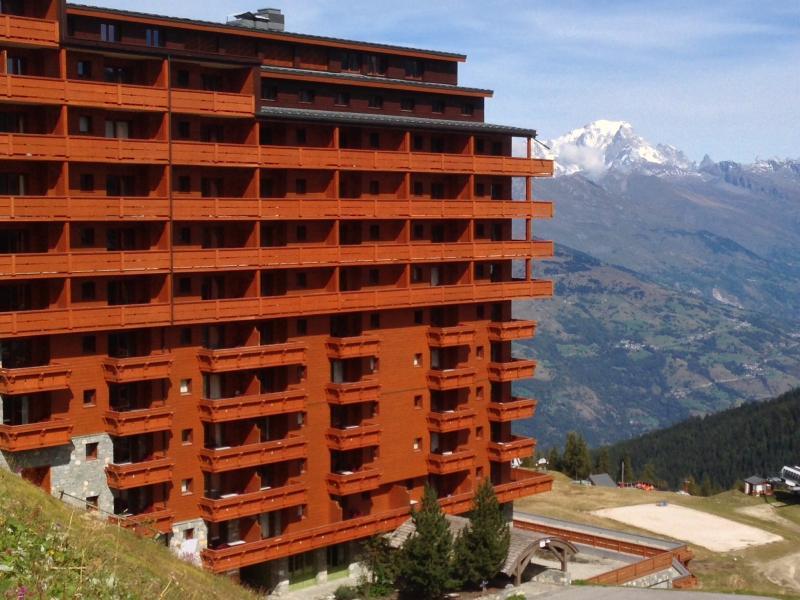 Vue extérieure de la location Location Appartement 80286 La Plagne