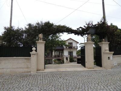 Entr�e Location Villa 81420 Esposende