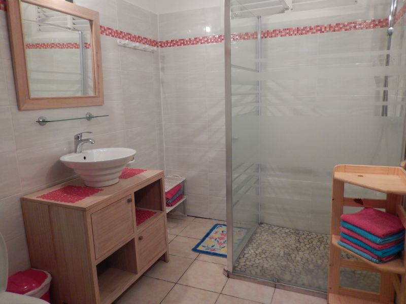 salle de bain Location Appartement 82066 Saint Francois