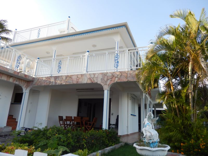 Vue extérieure de la location Location Appartement 82066 Saint Francois