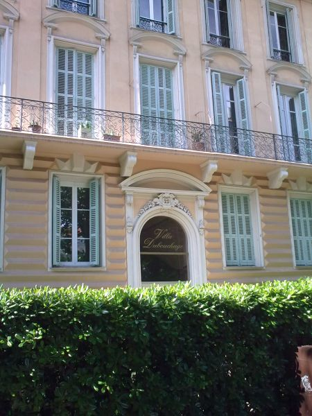 Vue extérieure de la location Location Appartement 87627 Nice