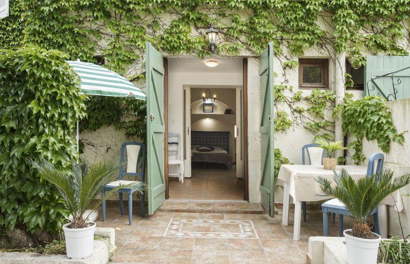 Terrasse Location Appartement 88554 Hyères