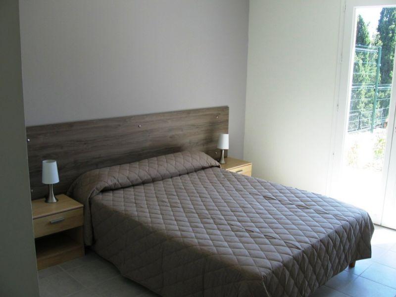 chambre 1 Location Villa 89455 Le Lavandou