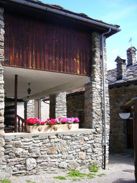Vue extérieure de la location Location Gite 91491 Saint Nicolas