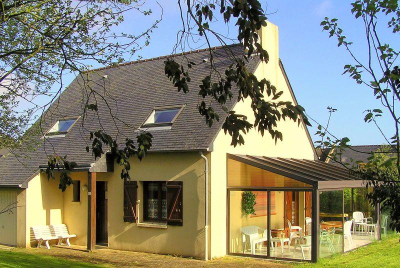 Vue extérieure de la location Location Maison 92209 Cancale