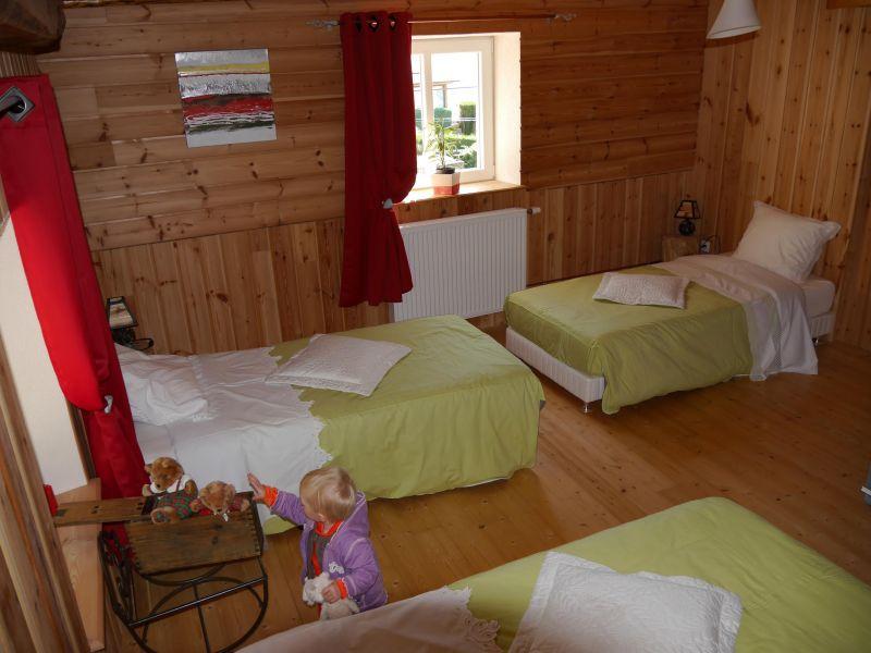 chambre 2 Location Maison 92943 Plombières les Bains